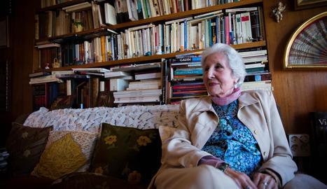 L'escriptora lleidatana Rosa Fabregat, autora de poesia i narrativa.