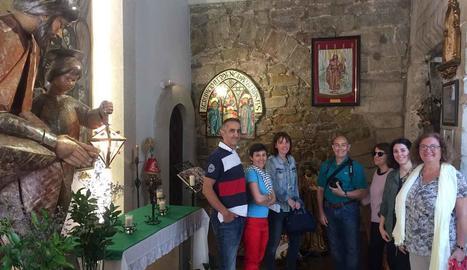 Turistes francesos, de Castelló i Badalona recorren els 'Petits grans racons' de Lleida