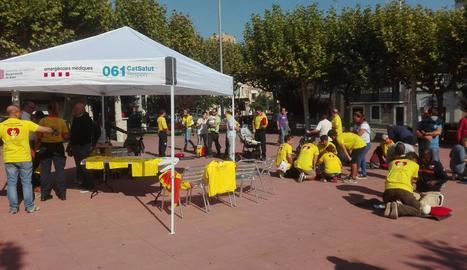 Les famílies amb nens van ser el públic majoritari de l'activitat, que va omplir la plaça Capdevila de la capital del Jussà ahir al matí.