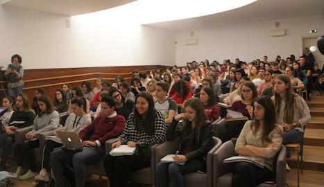 Imatge dels assistents a la jornada de la facultat d'Educació.