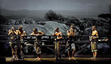 Una de les escenes d''In memoriam', que podrà veure's aquest diumenge al Teatre de la Llotja de Lleida.