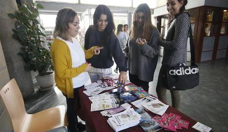 Punt instal·lat per Antisida a la facultat de Medicina de Lleida.