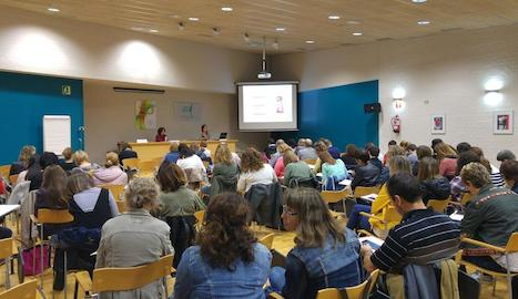 Representants dels 34 centres es van reunir divendres a la seu de l'Escola Oficial d'Idiomes.