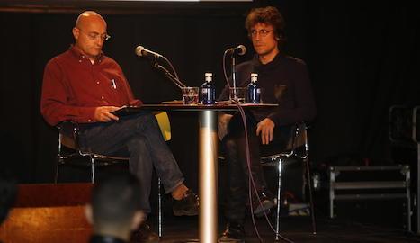 Julián Acebrón i Amat Baró, ahir al Cafè del Teatre.