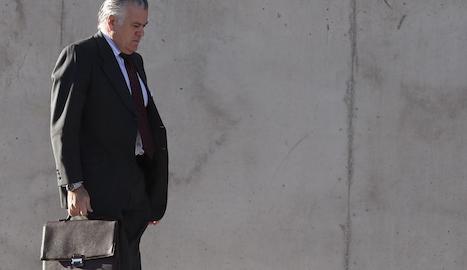 L'extresorer del Partit Popular, Luis Bárcenas, a l'arribar dilluns a l'Audiència Nacional de Madrid.