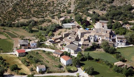 Vista aèria del nucli de Gàrzola, a Vilanova de Meià.