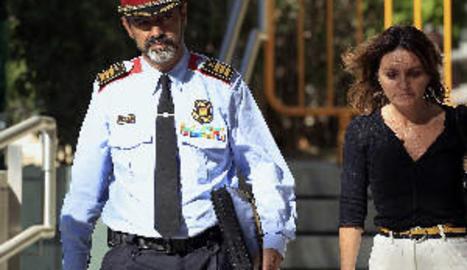 Zoido assumeix el control dels Mossos després de cessar Trapero