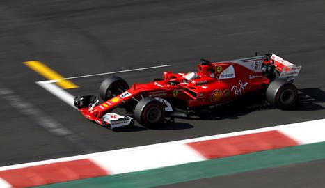 Vettel, a impedir des de la 'pole' el títol de Hamilton a Mèxic