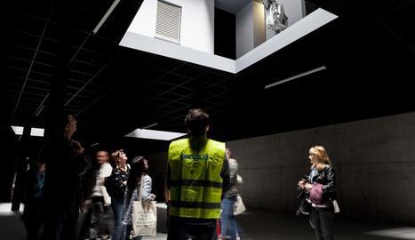 Els participants van visitar l'espai d'art Double Bind.