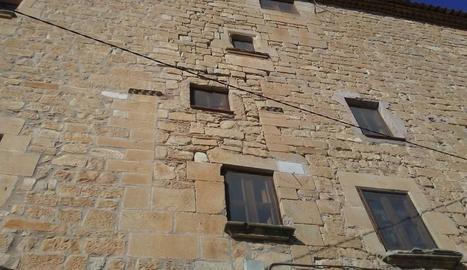 La façana del castell que es restaurarà el 2018.