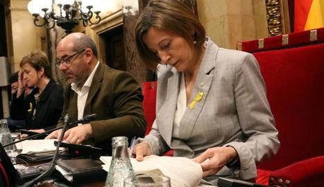 Imatge de Forcadell, Guinó i Simó a la Mesa del Parlament.