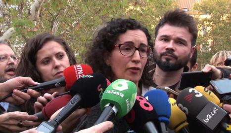 """Marta Rovira, entre llàgrimes: """"Han empresonat gent innocent per defensar unes idees."""""""