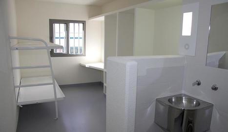 Imatge de l'interior d'una cel·la del centre penitenciari d'Estremera.