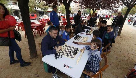 Els escacs va ser una de les activitats paral·leles al mercat.