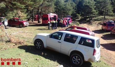 Imatge del dispositiu muntat diumenge pels bombers a la zona de Guixers.