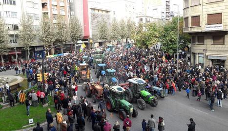 Concentració l'avinguda Catalunya de Lleida.