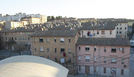 Imatge dels blocs Mariola afectats per la reforma.