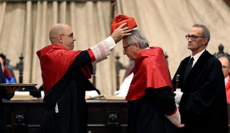 Jean-Claude Juncker va ser investit doctor 'honoris causa' per la Universitat de Salamanca.