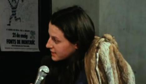 La reportera Carme Forcadell, el 1978, a 'Giravolt'.