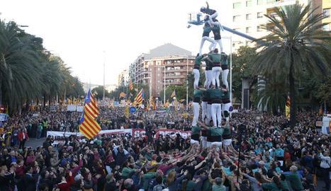 Manifestación en Barcelona por la libertad de los exconsellers y los 'Jordis'