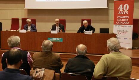 Acte sobre el Congrés de Cultura Catalana, ahir al Saló Víctor Siurana de la Universitat de Lleida.