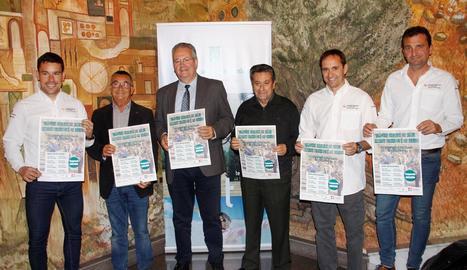 Els participants en la presentació del Circuit, que va tenir lloc ahir a la Diputació.