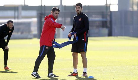 Luis Suárez, ja recuperat, durant la sessió d'entrenament d'ahir amb el Barcelona.