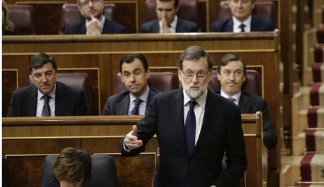 El president del Govern, Mariano Rajoy, durant la sessió de control aquest dimecres al Congrés dels Diputats.
