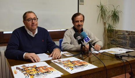 L'alcalde, Celestí Vilà, i l'edil Eduard Vives van presentar la fira.