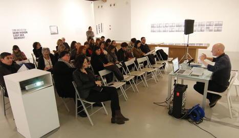 Un moment de la conferència de l'antropòleg Octavi Rofes, ahir al matí, a la Panera.