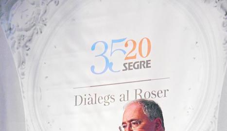 El rector de la Universitat de Lleida, durant la seua intervenció en el cicle 'Diàlegs al Roser'.