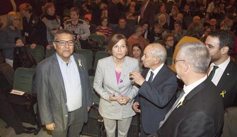 La presidenta del Parlament, en la visita a la capital de l'Urgell.