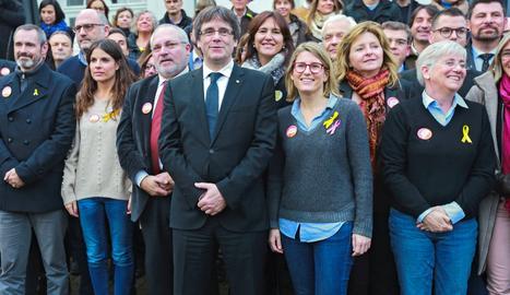 Puigdemont, a Brussel·les, amb candidats de Junts per Catalunya.