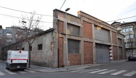 Els antics garatges d'Alsina Graells, al carrer de l'Orri.