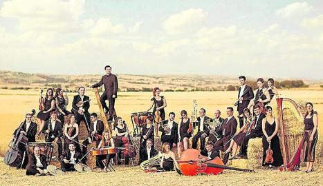 L'Orquestra Julià Carbonell, en una imatge promocional.