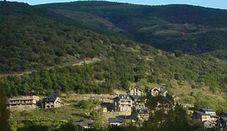 Imatge d'arxiu de la urbanització Borda Paisan de Sort.