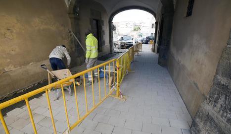 Els treballs al túnel de la plaça de Santa Anna.