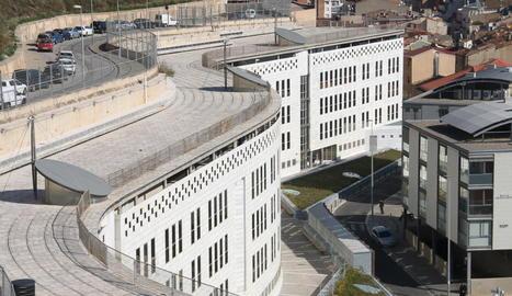 Vista general de la seu dels jutjats de Lleida, al Canyeret.