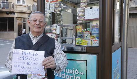 Eusebio Orrit Ramos va vendre dissabte a Alguaire el número premiat amb 240.000 euros.