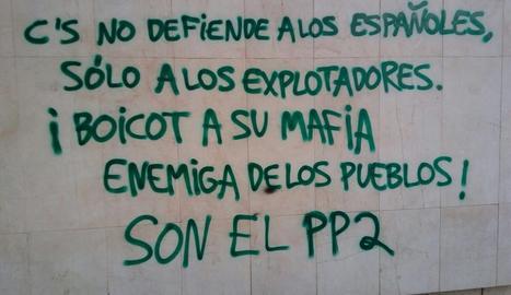 La pintada en la seu de Ciutadans a Lleida.