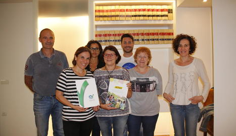 Professionals d'Actua i del Col·legi de Veterinaris de Lleida.
