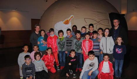 Alumnes de Vilanova de Bellpuig van visitar la Cúpula ahir al matí.