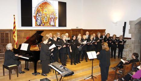 'Cors de Nadal' de l'Agrupació de Pessebristes a l'IEI