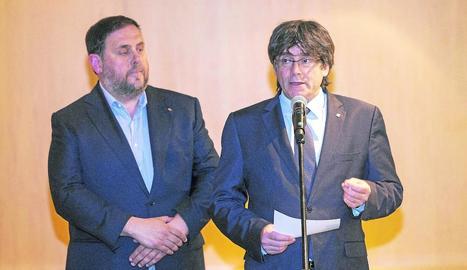 Imatge d'arxiu d'Oriol Junqueras i Carles Puigdemont.