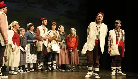 Els escolars són els protagonistes a la representació de Bellpuig.