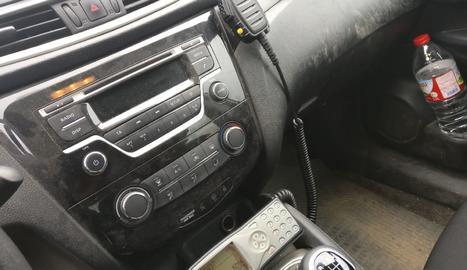 Imatge facilitada pel sindicat USPAC de l'interior d'un vehicle dels Mossos.