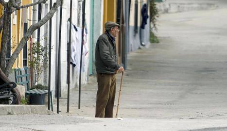 Imatge d'arxiu d'un jubilat, que aquest any veu incrementada la pensió el mínim legal del 0,25%.