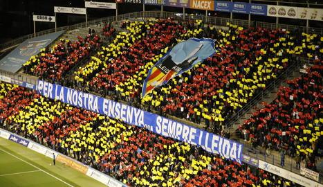 Festa del futbol al Camp d'Esports amb càstig excessiu per al Lleida