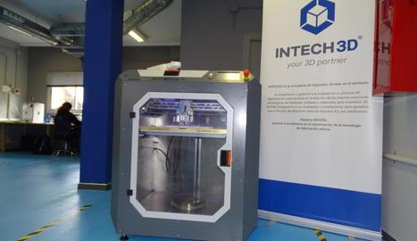 Imatge de la impressora 3D específica per a la indústria.