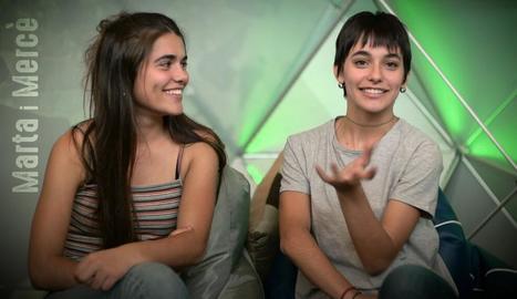 Dos estudiants, en un fotograma del programa d'avui.